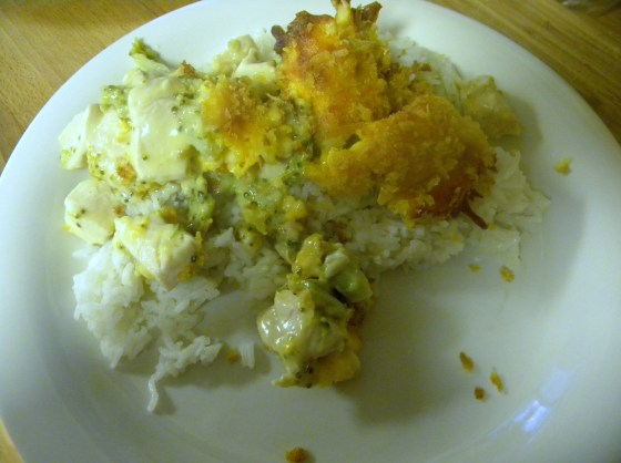 Aunt Judy's Chicken Broccoli Divan - Tasty Tuesday {FriendsStitchedTogether.Wordpress.com}