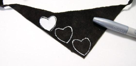 Valentine's Medal Shirt Tutorial {{FriendsStitchedTogether.Wordpress.com}}