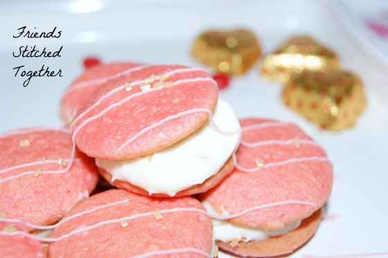 Valentin'es Whoopie Pies - Baking with Littles {{FriendsStitchedTogether.Wordpress.com}}